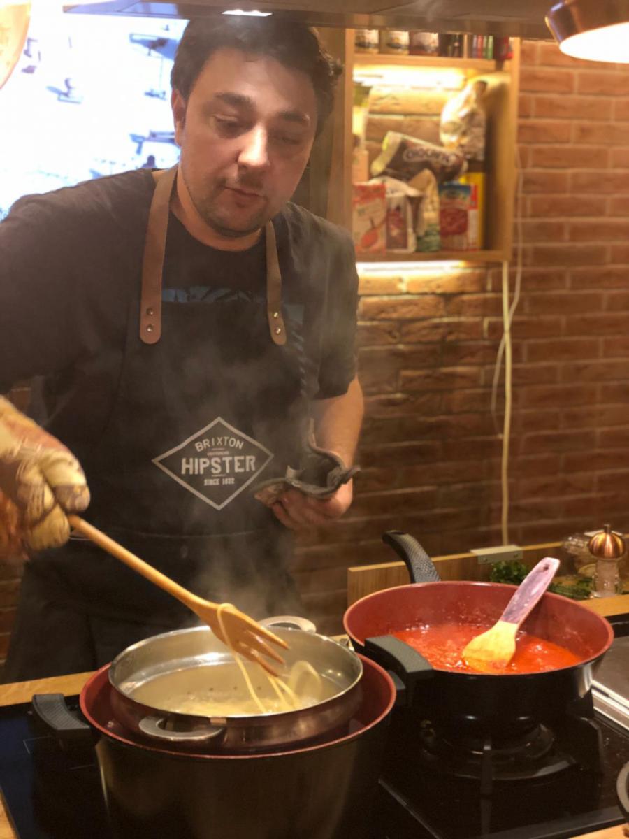 Spaghete cu ton și fructe de mare (1)