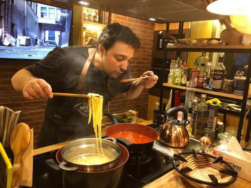 Spaghete cu ton și fructe de mare (3)