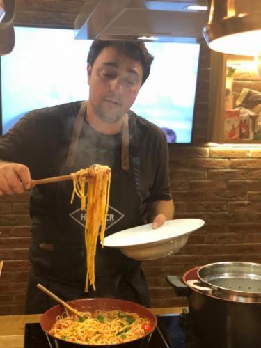 Spaghete cu ton și fructe de mare (6)